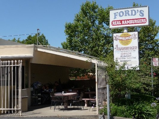 Ford's Burgers c.2011